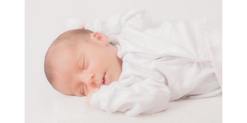 大切な赤ちゃんの眠り